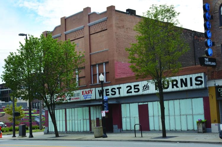 West 25 Furnishings